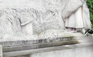 ettoyage d'un monument en pierre par hydrogommage